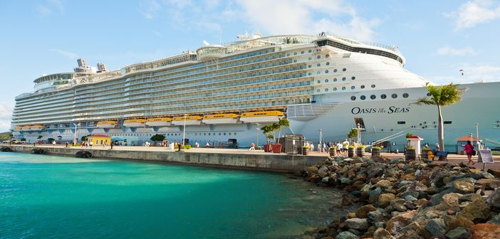Cruising The Caribbean The Oasis Of The Seas Way Cruise Panorama