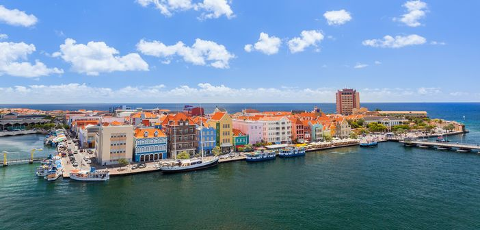 Curacao: View-from-a-cruise-ship