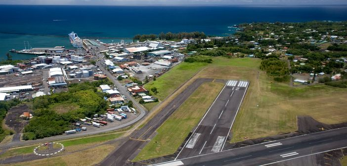 Hilo Airport and the ocean