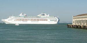 Dawn Princess leaving port