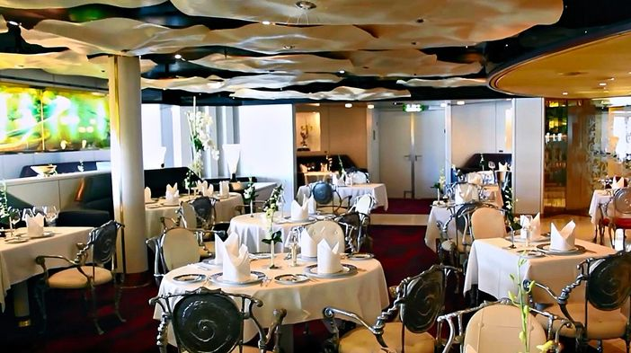 Pinnacle Grill restaurant on Holland America's Westerdam