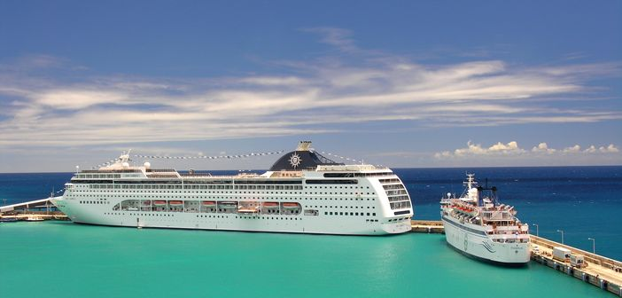 Ships visiting popular Caribbean islands
