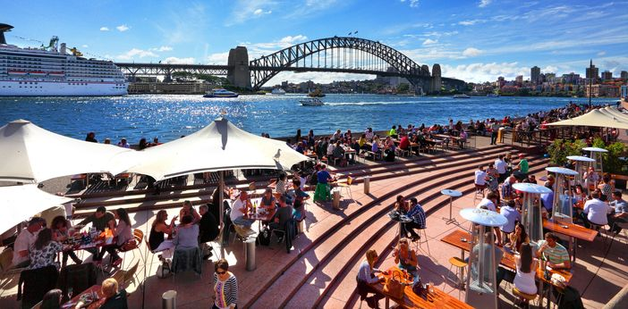 Residents and tourists,Circular Quay, Sydney Harbour