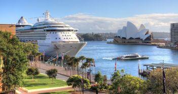 Radiance of the Seas cruise ship - riekephotos / Shutterstock.com
