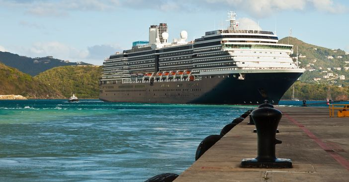 ms Zuiderdam ship leaving port