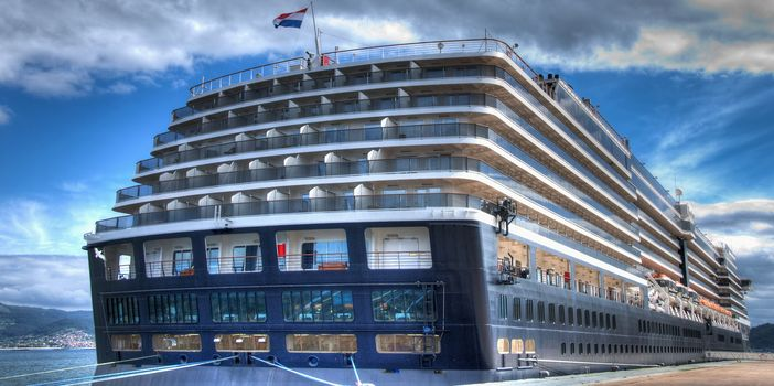 Why Choose The Ms Zuiderdam Ship Cruise Panorama