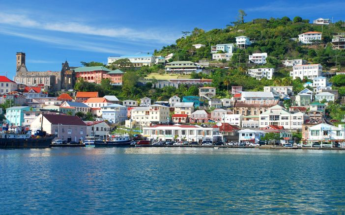 Cruise the caribbean: scenery of St. George's