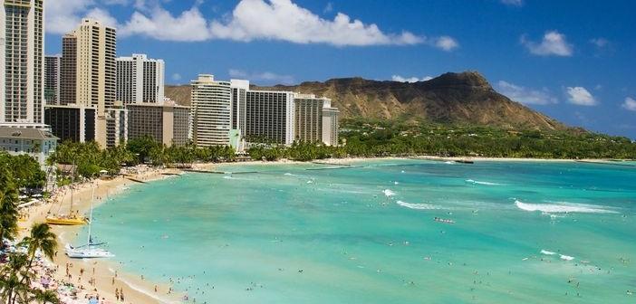 Waikiki beach and Diamon Head. Prices for Hawaii cruises.