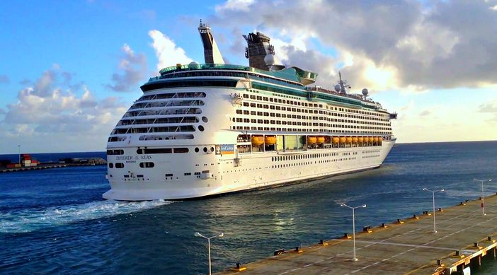Beginning Of Australian Cruise Season Highlighted By Introduction Of Royal Caribbean Ship