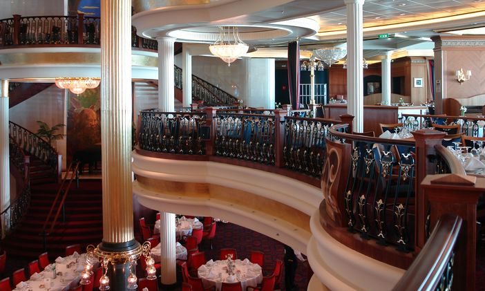 Essential Dining Room Etiquette Tips For Cruise Ship Guests To Follow