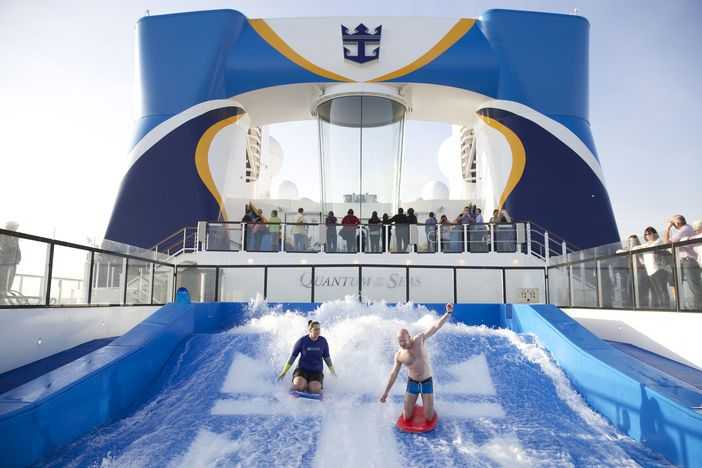 FlowRider Surfing on Anthem of the Seas