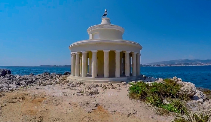 Lighthouse Of Saint Theodoroi in Kefalonia