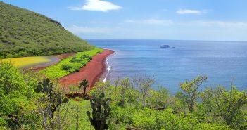 15 Awe-Inspiring Galapagos Islands Attractions