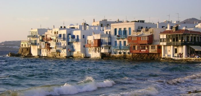 Cruise to Mykonos: Admire Little Venice