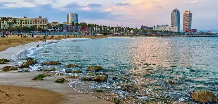 Cruise to Barcelona: Enjoy the beach