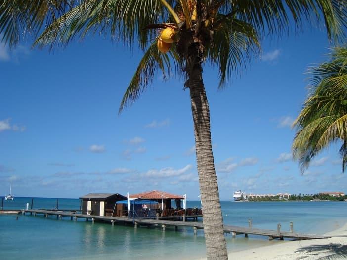 Oranjestad Beach