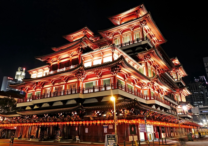 Singapore sights to see: Buddha Tooth Relic Temple