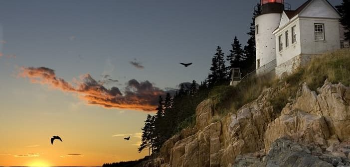 Cruise to Bar Harbor: Scenic lighthouse at Acadia