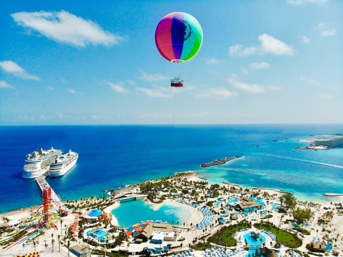 CRuise to Perfect Day at CocoCay: Helium balloon in the air